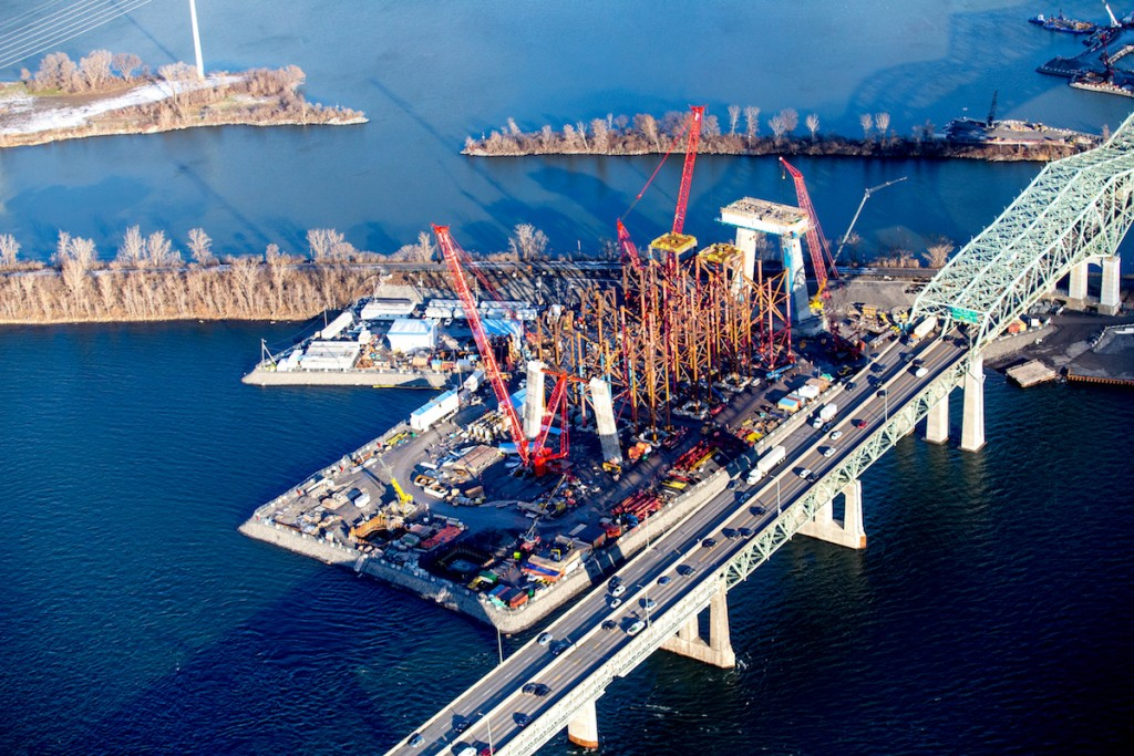 Cable-stayed jetty
