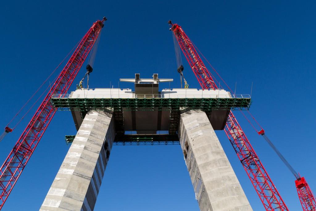 Lower cross beam installation